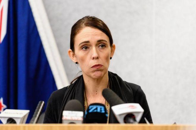 Ataques a mesquitas na Nova Zelândia: premiê diz que lei sobre armas será endurecida