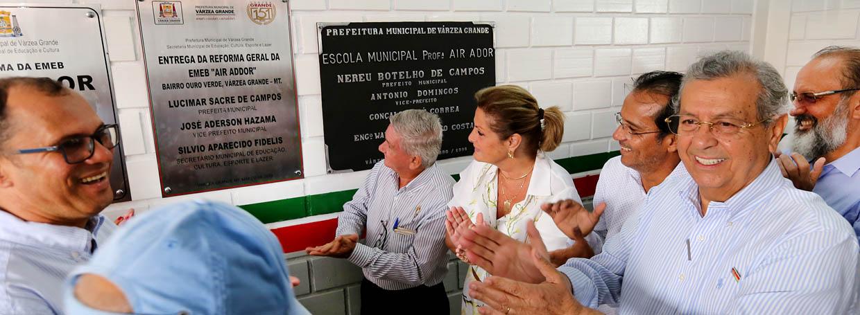 Várzea Grande entrega reforma geral de escola e anuncia execução de 100 obras