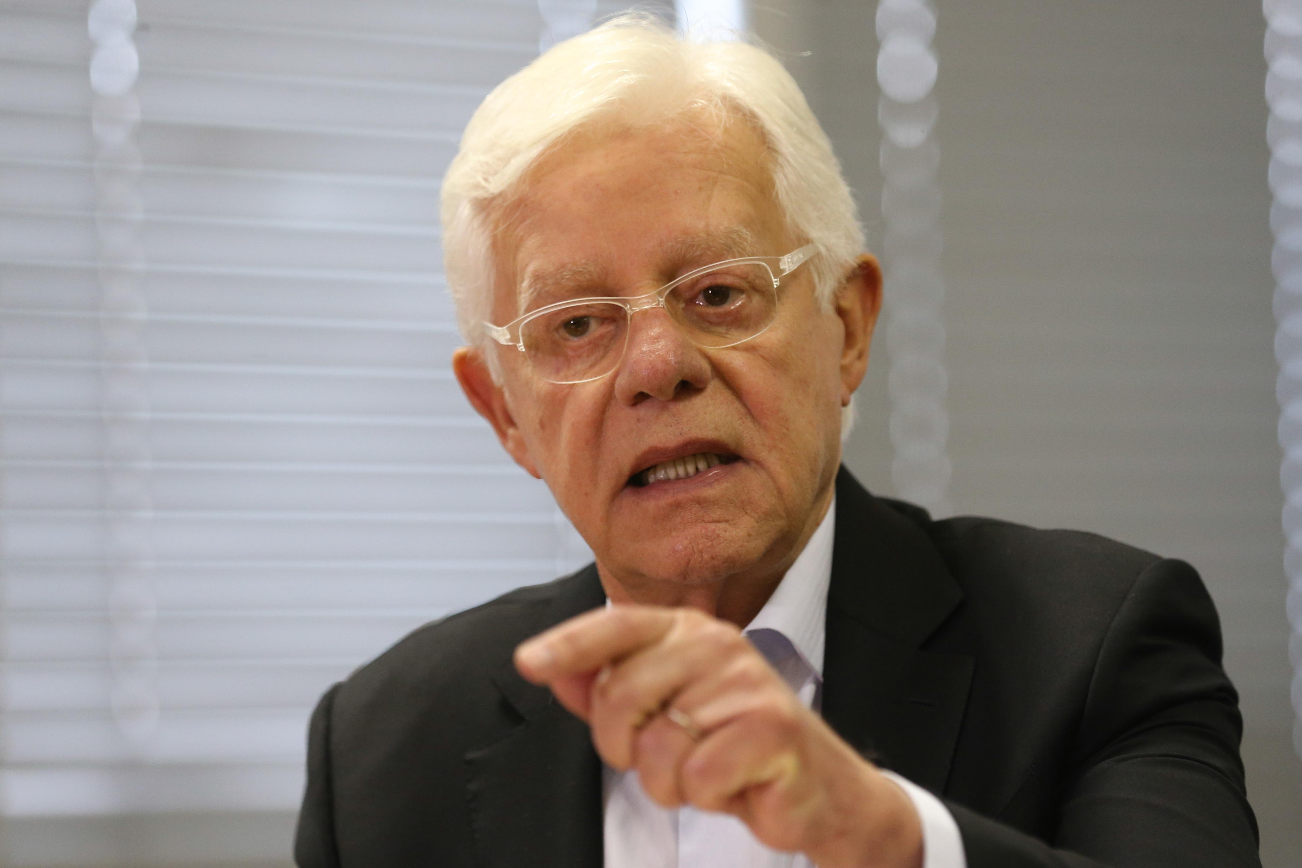 Ex-ministro Moreira Franco também é preso