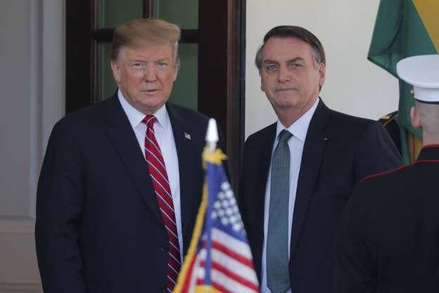 Bolsonaro diz que errou ao declarar que imigrantes 'têm más intenções'