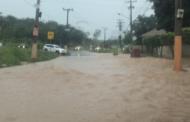 Em uma hora, chuva em Cuiabá atinge metade da média esperada para abril