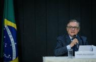 Bolsonaro demite Vélez e nomeia Abraham Weintraub como ministro da Educação