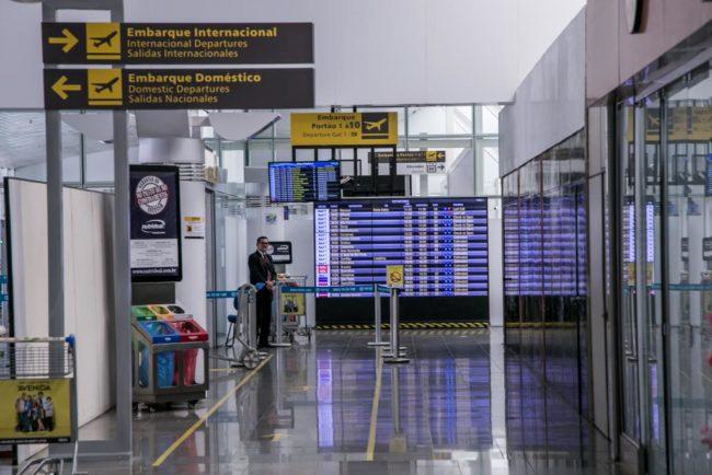 Agências de viagens também podem ser acionadas em caso de cancelamento de voos