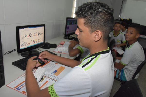 Alunos da rede municipal de Cuiabá participam de projeto mundial inovador