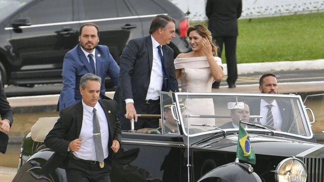 Carlos Bolsonaro: quem é o 'filho 02', o polêmico gestor das redes sociais de Bolsonaro