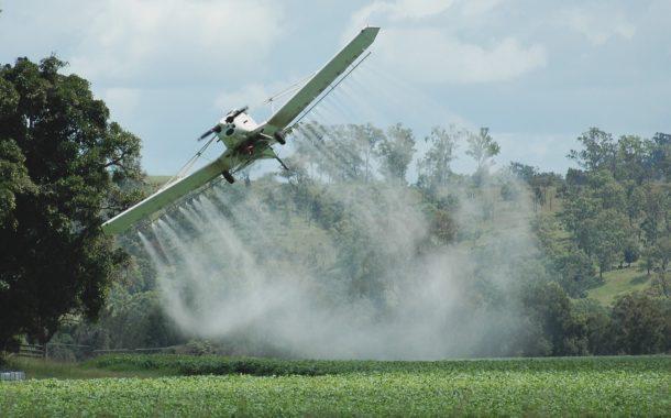 Ritmo de liberação de agrotóxicos em 2019 é o maior já registrado