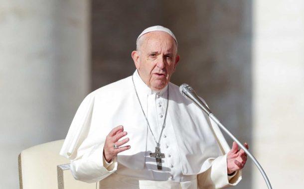 Papa diz que liberdade de imprensa é vital