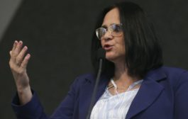 Projeto de combate a suicídio deve ter resultado este ano, diz Damares