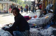 Campanha solidária transforma meias usadas em cobertores
