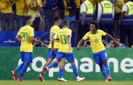 Brasil arranca 'olé' do lado certo e atropela Peru com primeiro jogo convincente