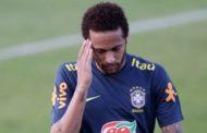 Neymar rebate acusação de estupro e expõe conversa íntima em vídeo