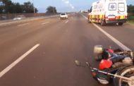 Após atropelar capivara, homem cai de moto e perde perna