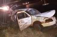 Acidente com carro de família mata mãe e dois filhos bebês na BR-452, em Itumbiara