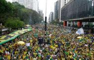 Direita precisa pensar no longo prazo e não ficar atrelada a Bolsonaro, diz professor