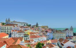 Brasileiros expatriados criam canais nas redes sociais com dicas sobre viver em Portugal