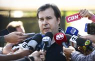 """Maia confia em aprovação da reforma com """"boa margem de votos"""""""