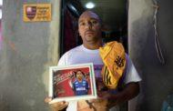 """""""O Flamengo gasta 200 milhões para contratar jogadores. E eu vou chorar a vida inteira pelo meu filho"""""""