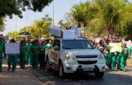 Com os salários atrasados desde julho, funcionários da empresa responsável pelos serviços de limpeza da UFMT paralisam atividades