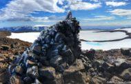 Primeira geleira a desaparecer na Islândia ganha funeral e lápide