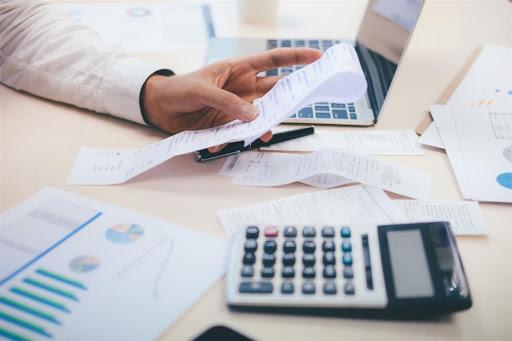 Governo lança parcelamento de dívida tributária com desconto de ...